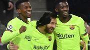 Messi, un but et un assist, offre la première place au Barça