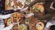 Les repas avec des protéines et du sel font davantage dormir