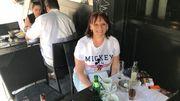 Laurence secrétaire au CPAS d'Ixelles en pause de midi dans un resto portugais de la place Flagey