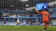 Manchester City – Chelsea: Aguero signe la pire panenka de tous les temps