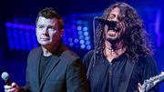 Foo Fighters & Rick Astley sur scène