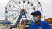 Coney Island, plage populaire de New York, fait grise mine avec la pandémie