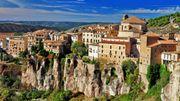 Le Roi d'Espagne Felipe et Letizia ont visité la cité médiévale de Cuenca, en Espagne, pour leur lune de miel en 2004
