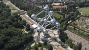 L'Atomium a-t-elle été construite sans autorisation?