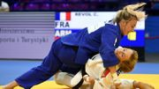 """Van Snick récompensée par le 'Judogi d'Or': """"Très émue et fière"""""""