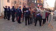 Des contrôles policiers renforcés: chaque participant est fouillé