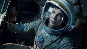 """Clooney et Bullock, bricoleurs de l'espace, convainquent critiques et astronautes dans """"Gravity"""""""