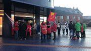 Une cinquantaine de manifestants devant l'hôtel de police de Charleroi