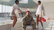 Roméo Elvis se fait des oeufs dans le nouveau clip de Todiefor