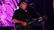 Neil Young défend les agriculteurs