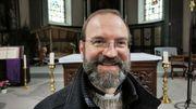 Christophe Cossement est le curé de Frameries.