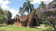 L'église emblématique du village de Monte Alegre a été dessinée par un architecte belge qui habitait sur place, Mr. Hoppenbrouwers. Elle est aujourd'hui connue sous le nom de Capela Santo Agostinho.