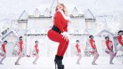 Sexy et kitsch: Mariah Carey a un nouveau clip acidulé pour sa chanson de Noël