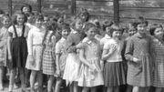 """""""Ce qui reste"""" de Nicole Malinconi : récit des enfants de l'après-guerre"""