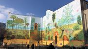 """Inauguration à Bruxelles de la fresque """"Jardin aux fleurs"""" de Brecht Evens"""