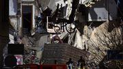 Un immeuble s'effondre après une explosion à Anvers: 10 à 20 victimes, des personnes sous les décombres