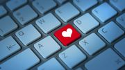 Peut-on tomber amoureux online ?