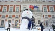 Joies de l'hiver sur la Puerta del Sol, le 9 janvier 2021