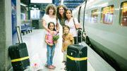 """REVOIR l'émission """"Mes Premières Vacances"""" à Paris et Tenerife!"""