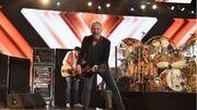 Fleetwood Mac vire son guitariste