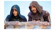 """La première photo officielle de Michael Fassbender dans """"Assassin's Creed"""" dévoilée"""