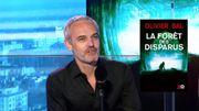 """Olivier Bal offre un nouveau thriller haletant et oppressant avec """"La Forêt des disparus"""""""
