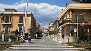 Une rue déserte de Locri, ce 08 avril