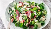 Recette : Salade de mâche au magret fumé, féta et grenade