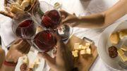 Comment servir moins de vin à vos invités?