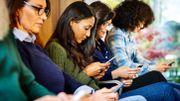 Comment le smartphone transforme-t-il nos rapports avec les autres ?