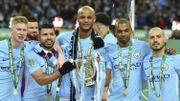 David Silva aura sa statue comme Kompany devant le stade de Manchester City