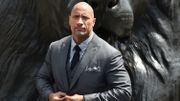 "Dwayne Johnson en short rouge pour le film ""Alerte à Malibu"""