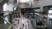 Les gares se transforment en centres commerciaux
