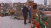 Une terrasse pour une approche respectueuse tout en douceur et en tendresse pour réveiller la mémoire perdue de nos aînés