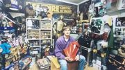 Alain Graca est un véritable fan de Star Wars: il possède 15 000 pièces à l'effigie de la Saga!