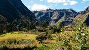 Les petites maisons sont disséminées dans les montagnes autour du volcan Quilotoa (centre de l'Equateur).