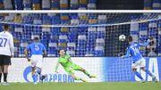 Genk, balayé 4-0 à Naples, quitte la C1 avec un petit point, Mertens buteur sur penalty
