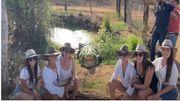 Souriez vous êtes photographié... sous l'oeil attentif d'un crocodile !