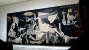 """""""Guernica"""" de Picasso, 80 ans de plaidoyer contre la guerre"""