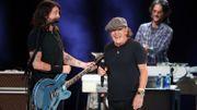 Vax live: les vidéos officielles d'Eddie Vedder et des Foo Fighters avec Brian Johnson