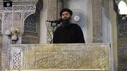La reconnaissance d'Ibrahim (d'Abu Bakr al-baghdadi)  à la tête d'un califat islamique ne fait pas l'unanimité parmi les mouvances religieuses.