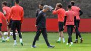"""José Mourinho sur les attentats: """"Nous sommes tous très tristes, mais on a un travail à faire"""""""