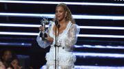 Beyoncé remporte la vidéo de l'année aux MTV Video Music Awards et enflamme la soirée