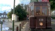 Un tram touristique à proximité du parc du Cinquantenaire, en 1996