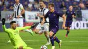 Conference League: Anderlecht dompte encore Laçi et affrontera Vitesse en barrages