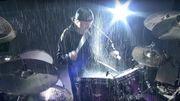 """[Zapping 21] Regardez Metallica jouer """"Master Of Puppets"""" sous une pluie torrentielle"""