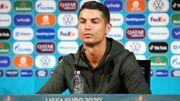 Le cauchemar des marques-sponsors : se faire tacler par des icônes comme Ronaldo