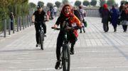 Avec ses vélos orange, Téhéran se rêve en Amsterdam de montagne