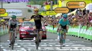 Simon Yates premier vainqueur dans les Pyrénées, journée tranquille pour les favoris