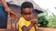 Cet enfant fait partie d'une des 33 familles les plus pauvres du petit village d'Esho.